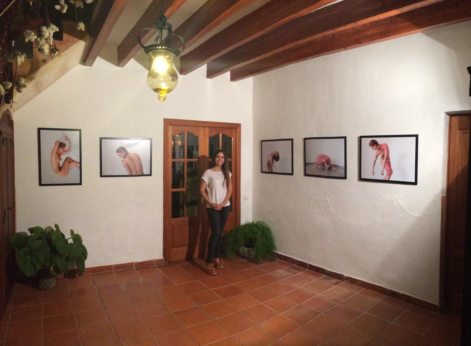 Exposició de la fotògrafa María Cano al Goletart 2015 (foto per Juan Antonio Montañez)